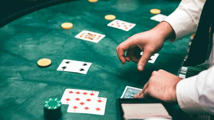 The Beginners' Guide to Live Dealer Blackjack: Terms, Strategy and Side-Bets