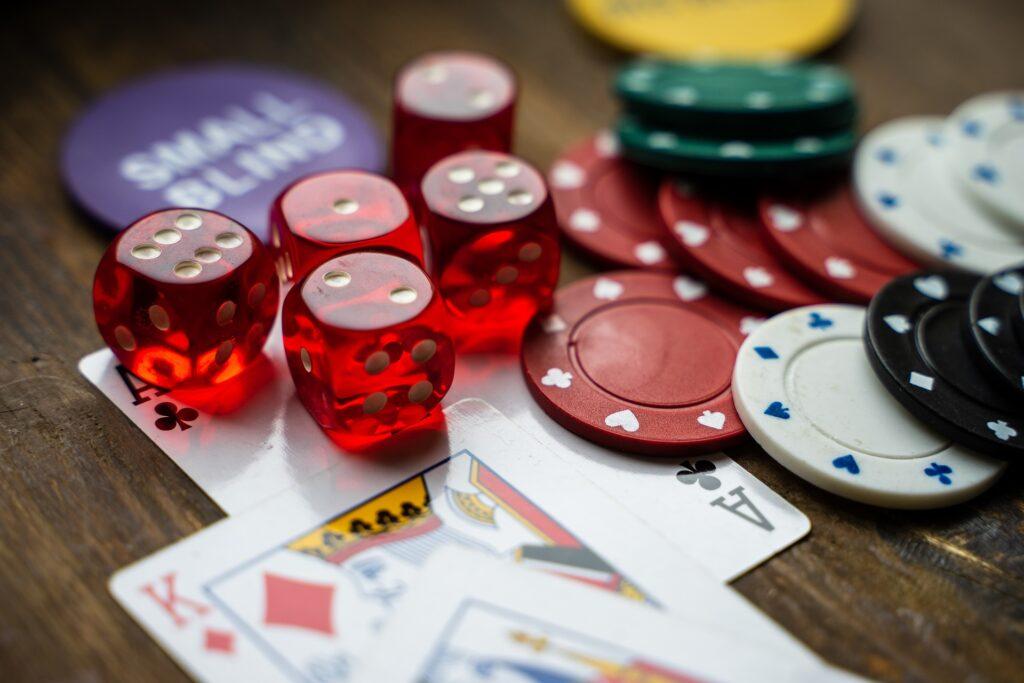 Card Holing in Blackjack.1