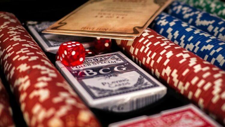 How to Make a Successful Blackjack Team