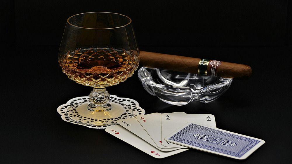cognac 3870510 1920