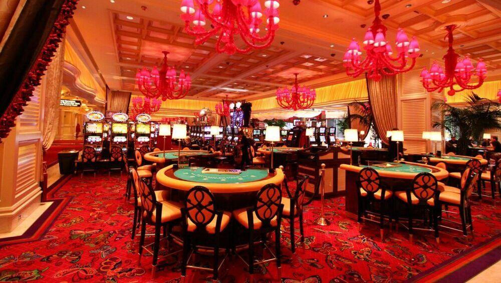 wynn casino 1182164 1280 e1621597480423