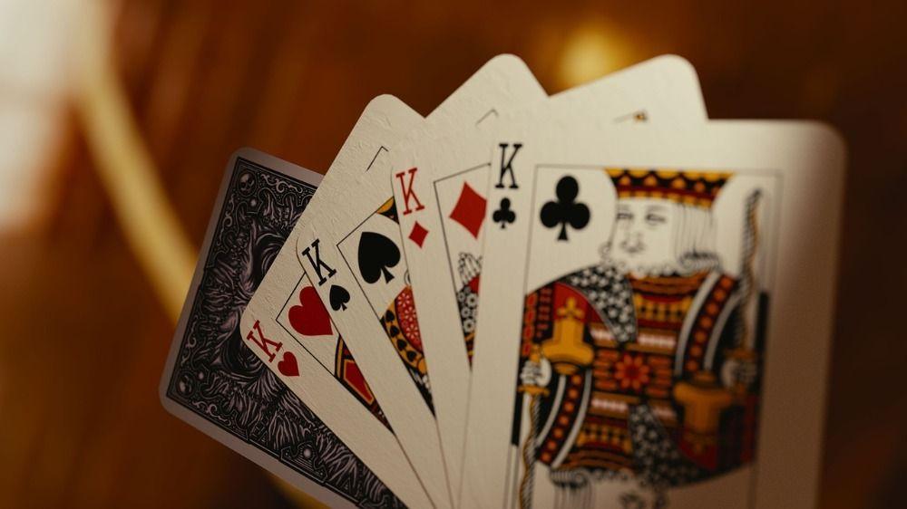 Types of Blackjack Side Bets, side bet in blackjack