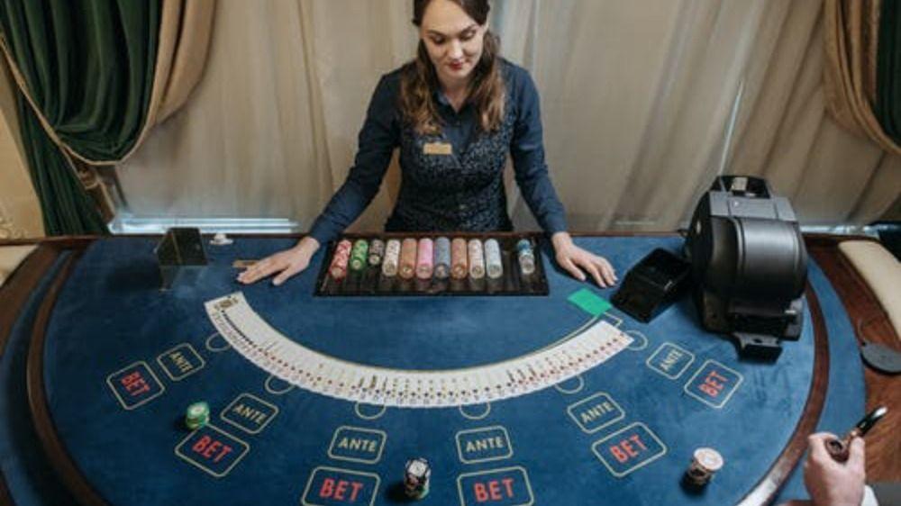 How casinos change blackjack rules, different variations of blackjack