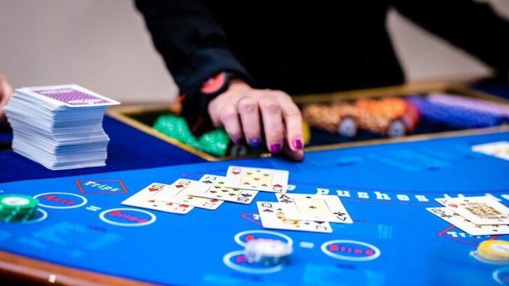 How live blackjack works